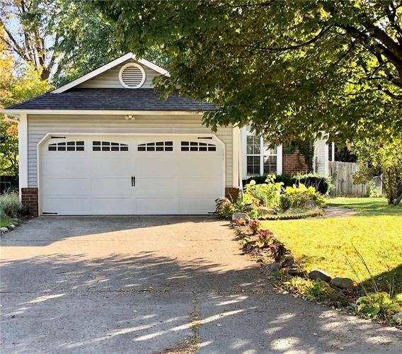 9127 Warwick Road Indianapolis, IN 46240 | MLS 21677925 | photo 1