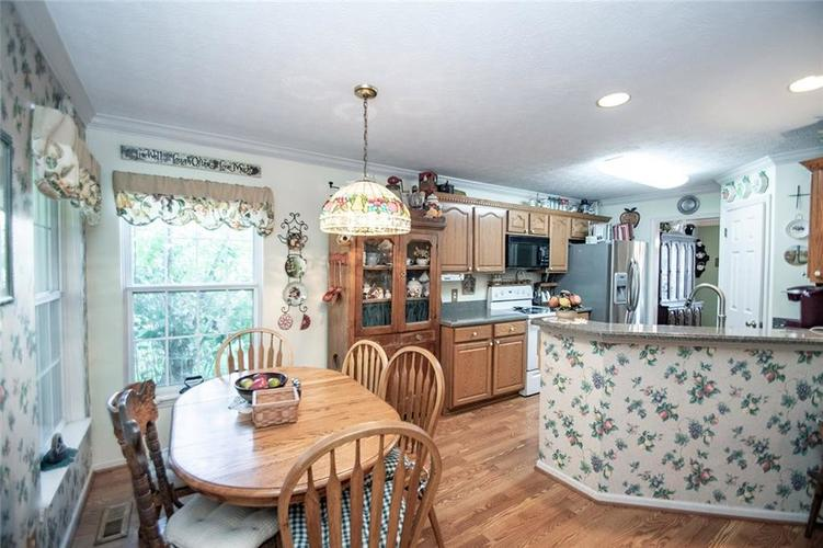 18831 Wimbley Way Noblesville, IN 46060 | MLS 21677928 | photo 13