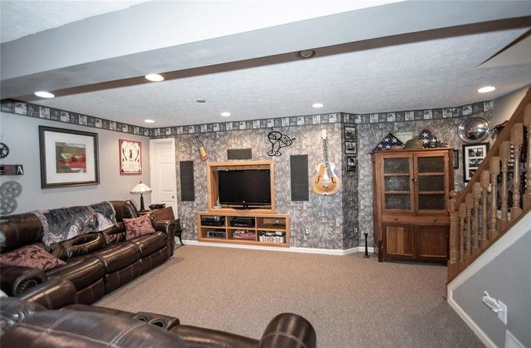 18831 Wimbley Way Noblesville, IN 46060 | MLS 21677928 | photo 25