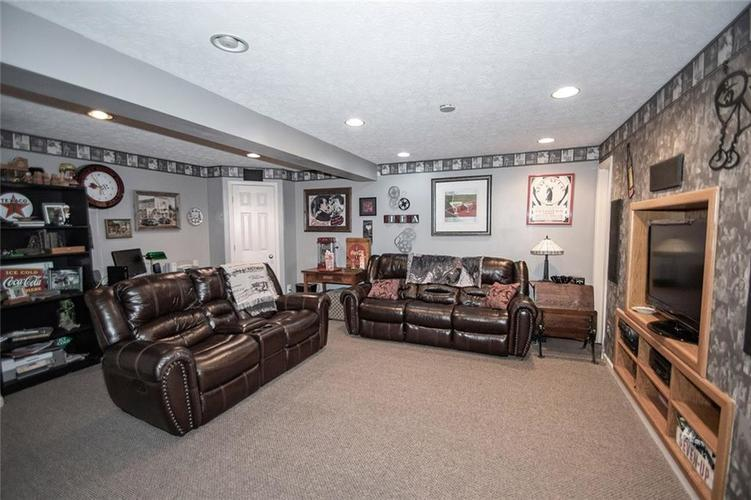 18831 Wimbley Way Noblesville, IN 46060 | MLS 21677928 | photo 26