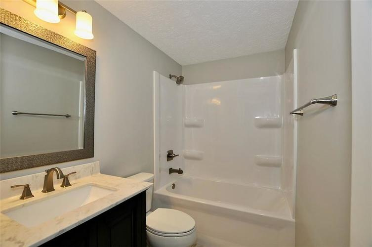 1625 Brentwood Drive S Plainfield, IN 46168 | MLS 21678000 | photo 13