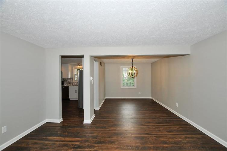 1625 Brentwood Drive S Plainfield, IN 46168 | MLS 21678000 | photo 3