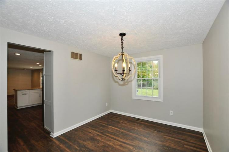 1625 Brentwood Drive S Plainfield, IN 46168 | MLS 21678000 | photo 4