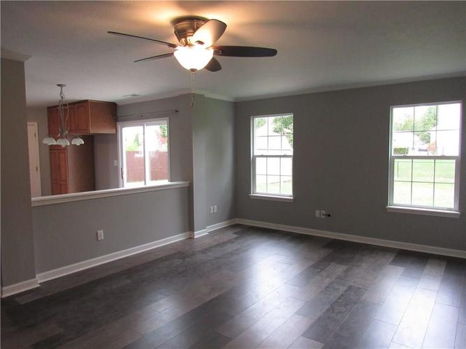 143 FOUNTAIN Drive Mooresville, IN 46158 | MLS 21678013 | photo 14