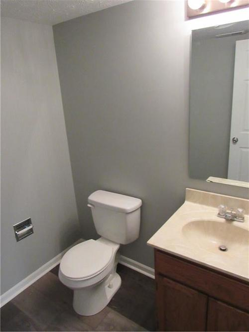 143 FOUNTAIN Drive Mooresville, IN 46158 | MLS 21678013 | photo 23