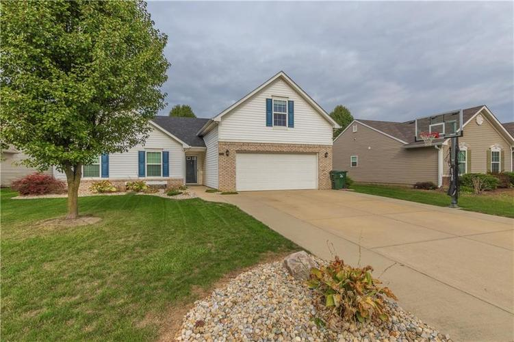 4094 S TURNING LEAF Court New Palestine, IN 46163 | MLS 21678063