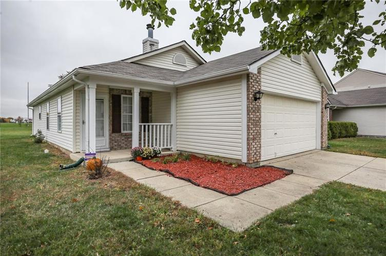8146 Whitaker Valley Boulevard Indianapolis, IN 46237 | MLS 21678083 | photo 2