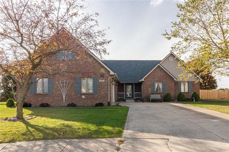 9481 Tiger Court Lapel, IN 46051 | MLS 21678101 | photo 1