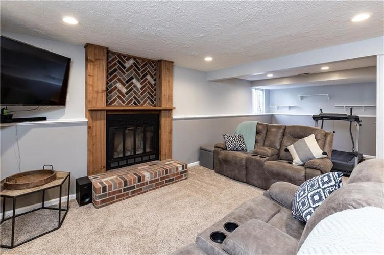 7710 Cardinal Cove N Indianapolis, IN 46256 | MLS 21678109 | photo 16