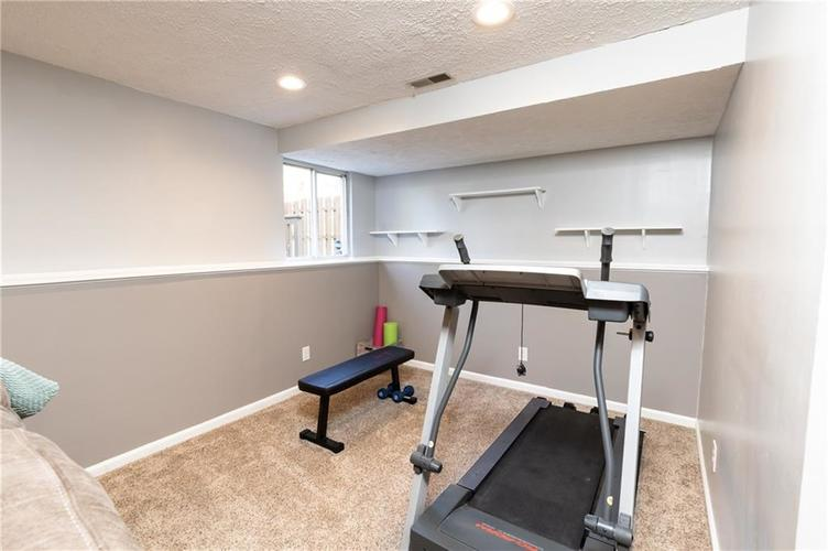 7710 Cardinal Cove N Indianapolis, IN 46256 | MLS 21678109 | photo 19