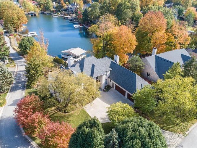 9067  Admirals Bay Drive Indianapolis, IN 46236 | MLS 21678173