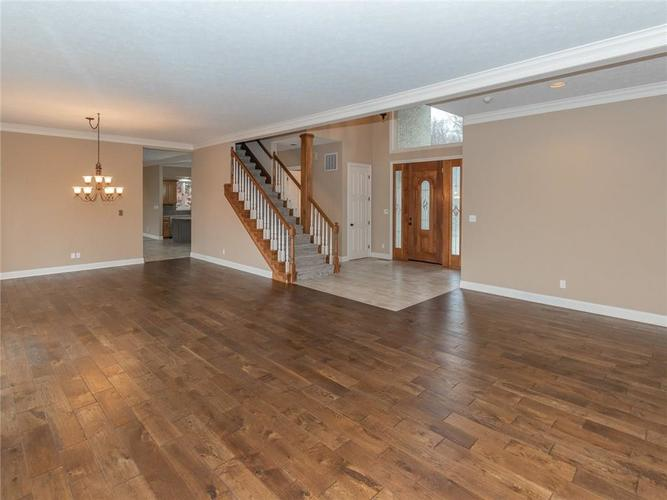 9067 Admirals Bay Drive Indianapolis, IN 46236 | MLS 21678173 | photo 11