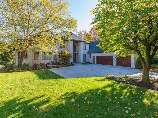 9067 Admirals Bay Drive Indianapolis, IN 46236 | MLS 21678173 | photo 2