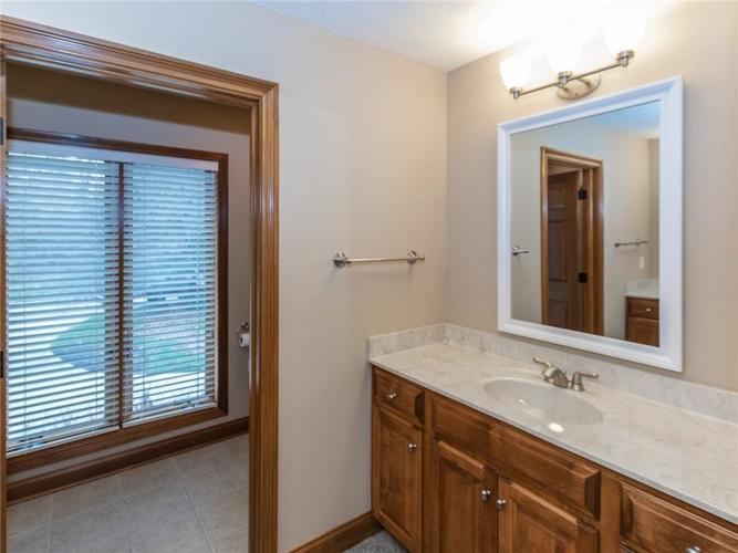 9067 Admirals Bay Drive Indianapolis, IN 46236 | MLS 21678173 | photo 32