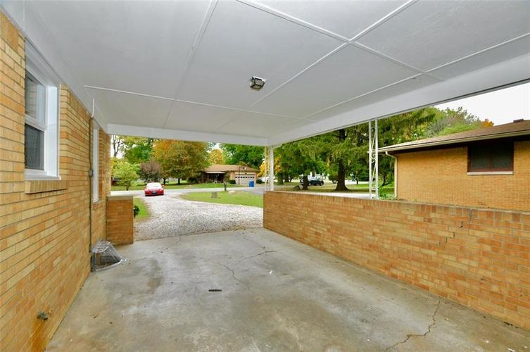 409 W Roberts Road Indianapolis, IN 46217 | MLS 21678201 | photo 17