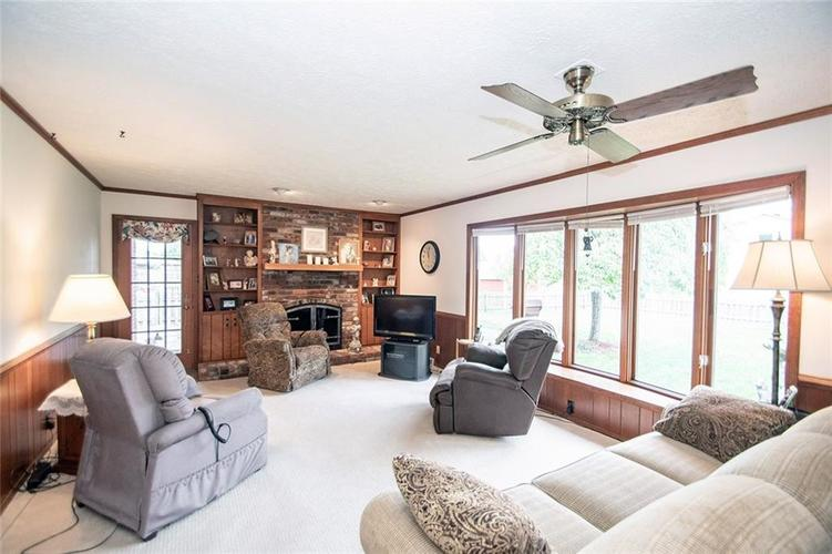 4402 Dudley Drive N Indianapolis, IN 46237 | MLS 21678213 | photo 5