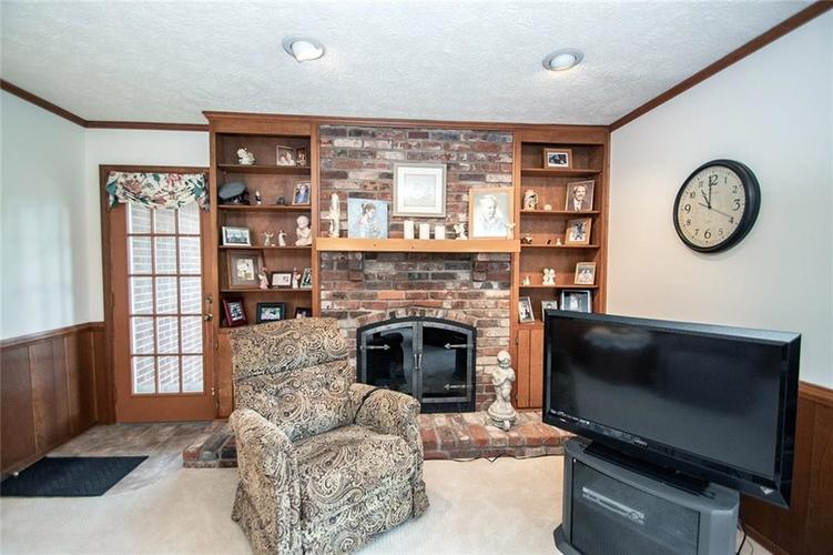 4402 Dudley Drive N Indianapolis, IN 46237 | MLS 21678213 | photo 6