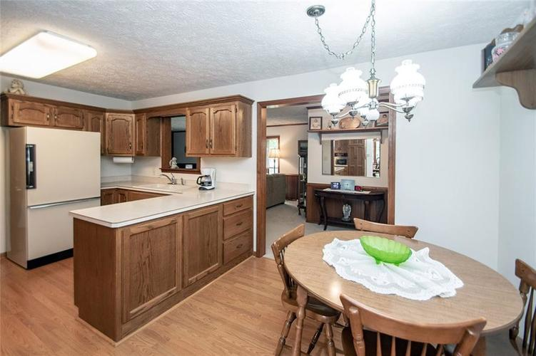 4402 Dudley Drive N Indianapolis, IN 46237 | MLS 21678213 | photo 7