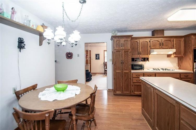4402 Dudley Drive N Indianapolis, IN 46237 | MLS 21678213 | photo 8