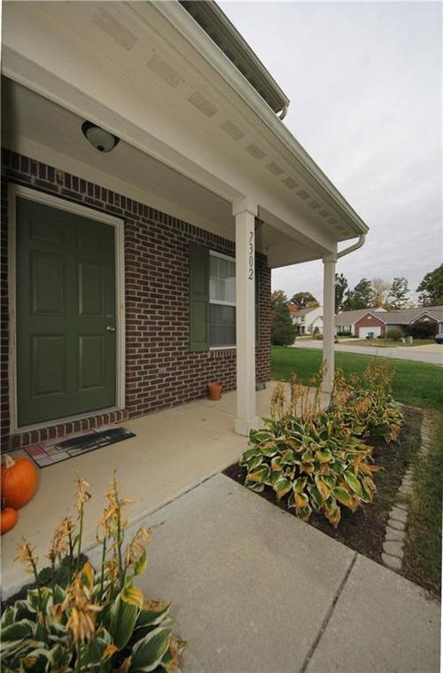 7302 Graymont Drive Indianapolis, IN 46221 | MLS 21678254 | photo 12
