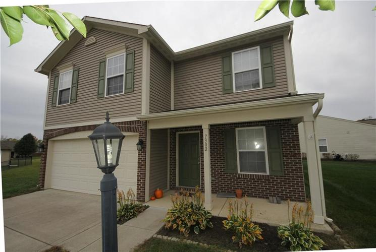 7302 Graymont Drive Indianapolis, IN 46221 | MLS 21678254 | photo 19