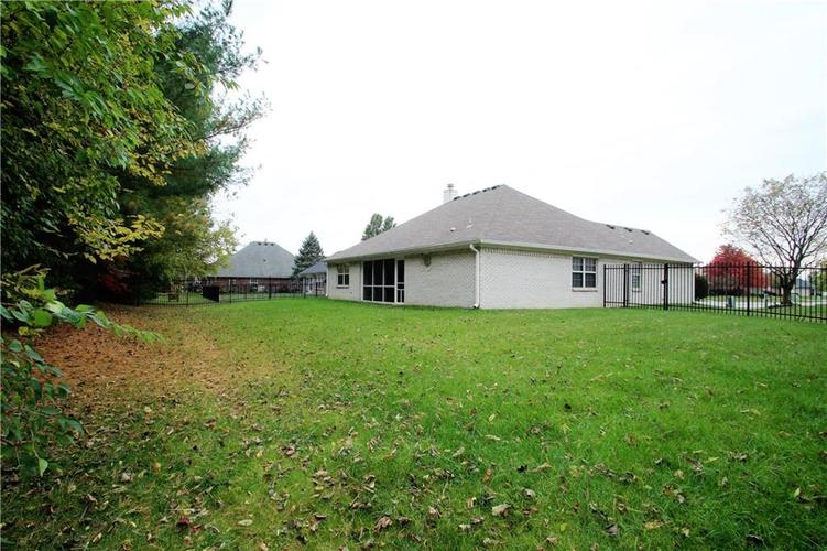 1905 Titleist Way Indianapolis, IN 46229 | MLS 21678255 | photo 18