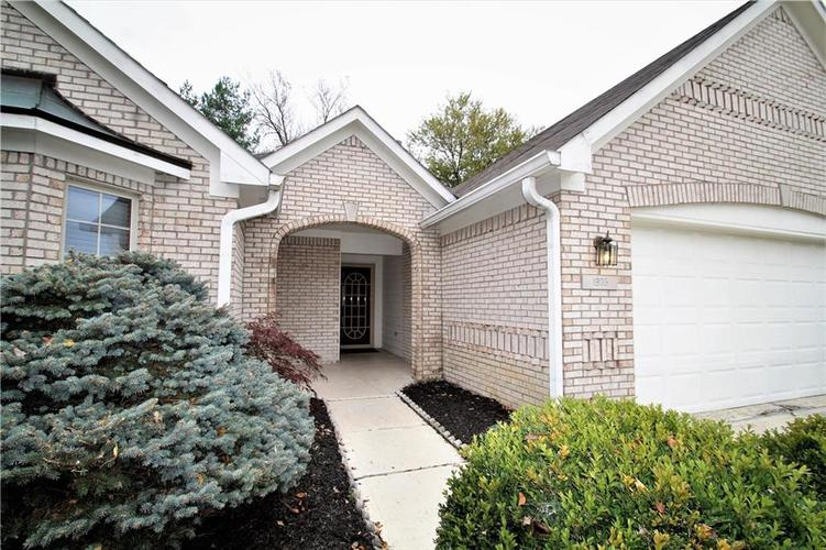 1905 Titleist Way Indianapolis, IN 46229 | MLS 21678255 | photo 2