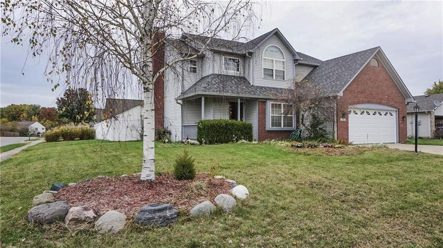 5752  Ashcroft Drive Indianapolis, IN 46221 | MLS 21678256