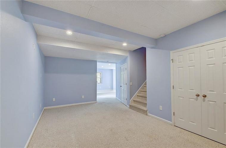 8232 Sweetclover Court Indianapolis, IN 46256 | MLS 21678260 | photo 40