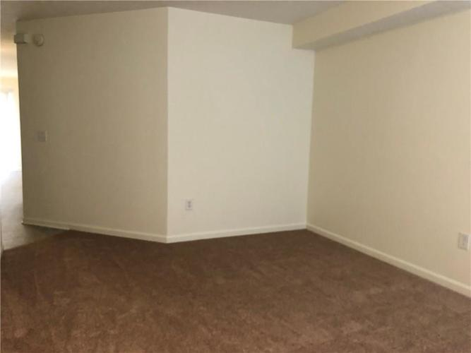 2920 CARSON Drive #2920 Indianapolis, IN 46227 | MLS 21678287 | photo 3