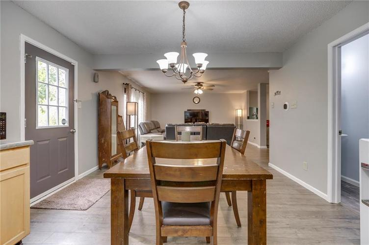 2472 Providence Court Greenwood, IN 46143 | MLS 21678311 | photo 16