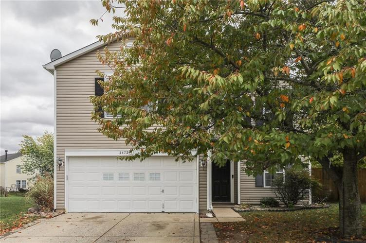 2472 Providence Court Greenwood, IN 46143 | MLS 21678311 | photo 2