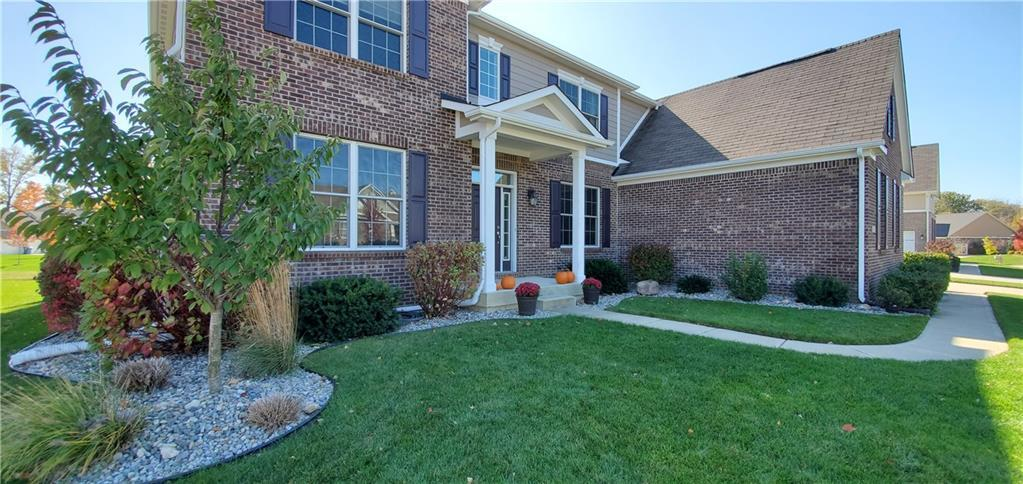 6139 Roxburgh Place Noblesville IN 46062 | MLS 21678312 | photo 2