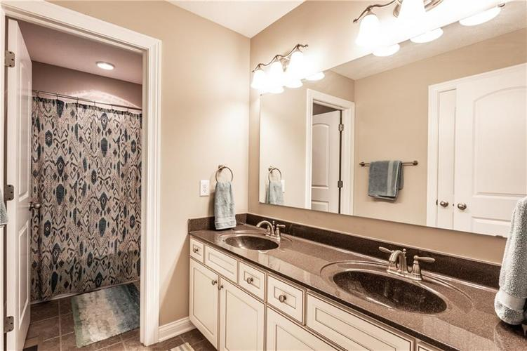 6139 Roxburgh Place Noblesville IN 46062 | MLS 21678312 | photo 24