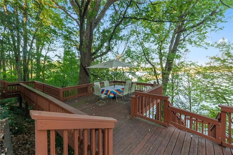 8401 Bay Colony Drive Indianapolis, IN 46234 | MLS 21678320 | photo 42