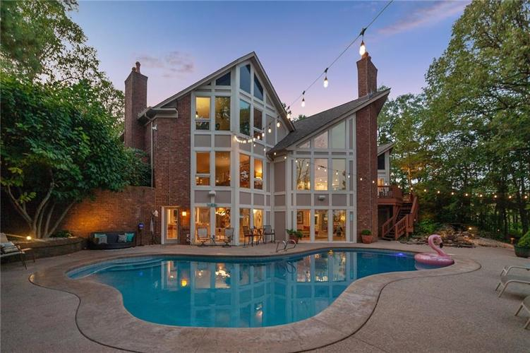 8401 Bay Colony Drive Indianapolis, IN 46234 | MLS 21678320 | photo 6