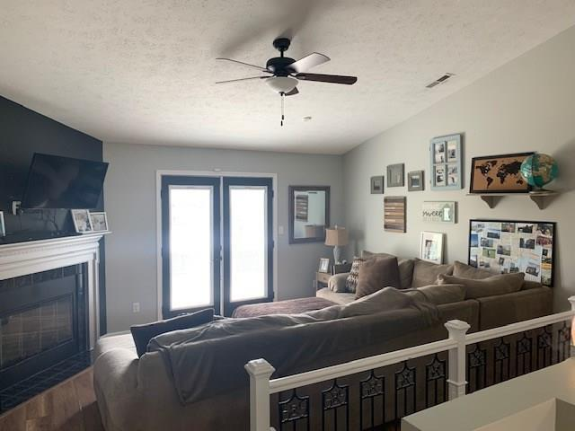 7225 Bobcat Trail Drive Indianapolis, IN 46237   MLS 21678322   photo 2
