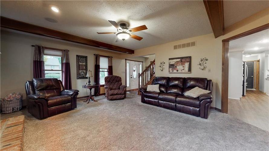 175 Southwind Court Greenwood, IN 46142 | MLS 21678398 | photo 26