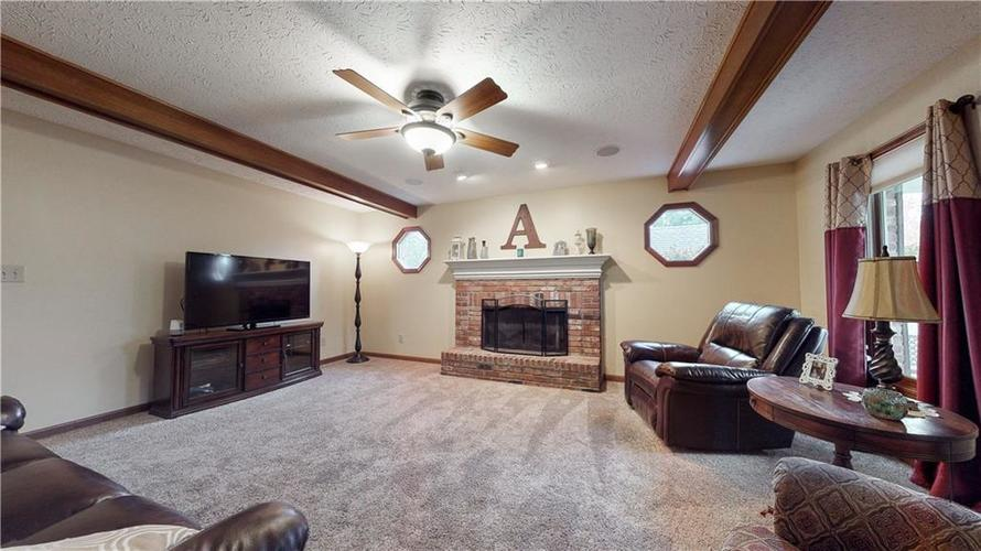 175 Southwind Court Greenwood, IN 46142 | MLS 21678398 | photo 4