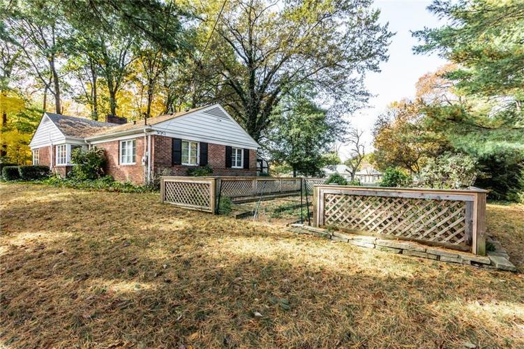 9597 Copley Drive Indianapolis, IN 46260 | MLS 21678412 | photo 36