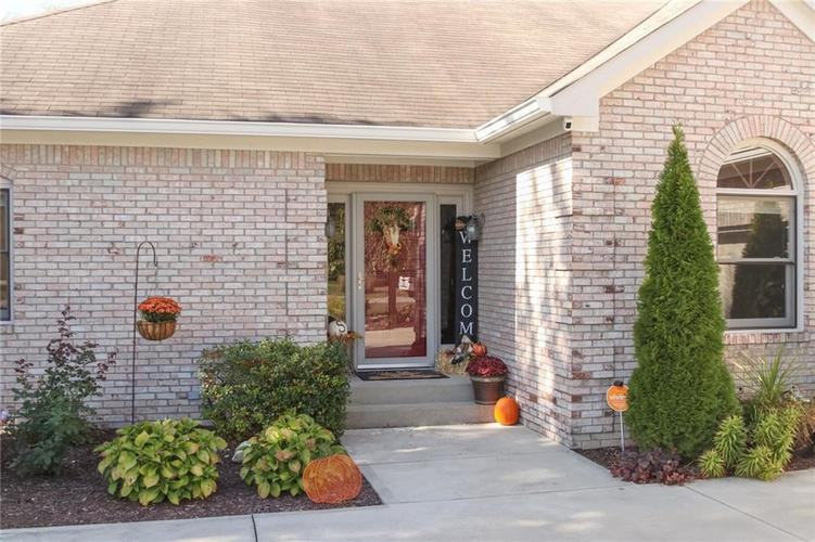 181 Crowndale Court Noblesville, IN 46060 | MLS 21678416 | photo 2