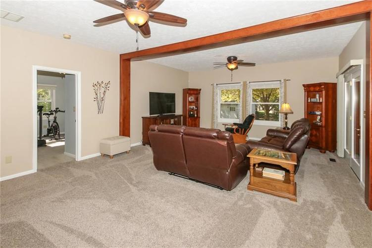 181 Crowndale Court Noblesville, IN 46060 | MLS 21678416 | photo 6