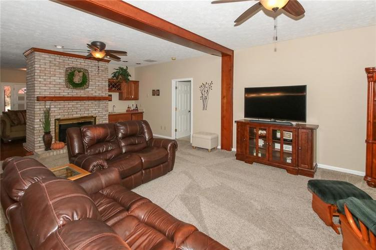 181 Crowndale Court Noblesville, IN 46060 | MLS 21678416 | photo 7