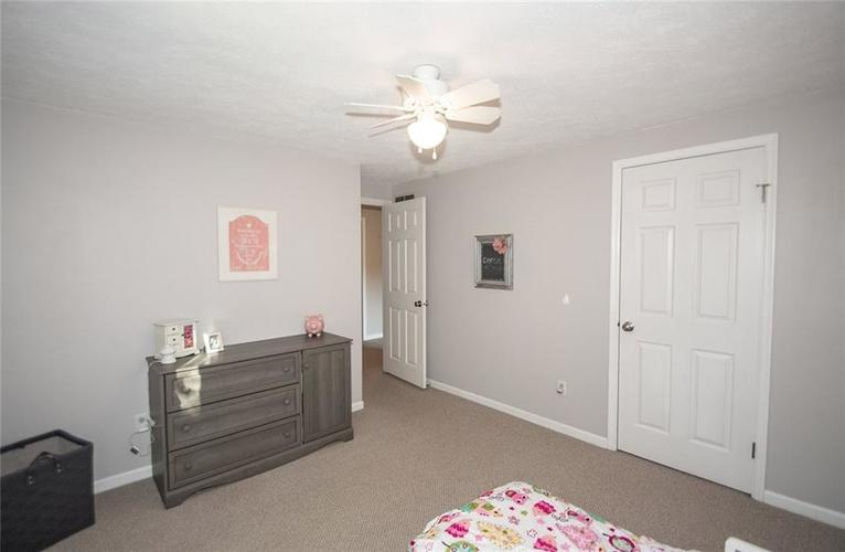 7761 S Chatham Court Indianapolis, IN 46256   MLS 21678499   photo 28