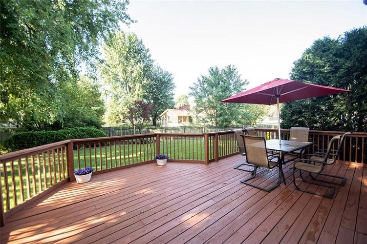 7761 S Chatham Court Indianapolis, IN 46256   MLS 21678499   photo 40