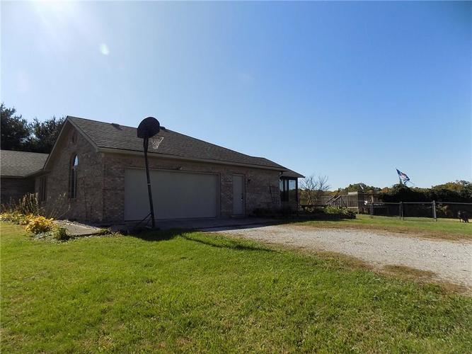 9451 N US Hwy 231 Quincy IN 47456 | MLS 21678502 | photo 4