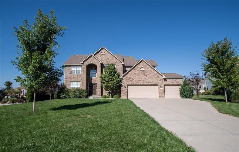 16761 Silver End Circle Noblesville, IN 46062 | MLS 21678505 | photo 2