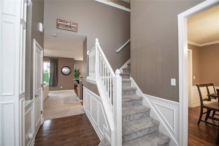16761 Silver End Circle Noblesville, IN 46062 | MLS 21678505 | photo 3
