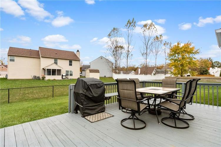 1328 Topp Creek Drive Indianapolis, IN 46214 | MLS 21678539 | photo 23