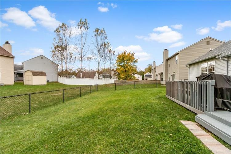 1328 Topp Creek Drive Indianapolis, IN 46214 | MLS 21678539 | photo 24